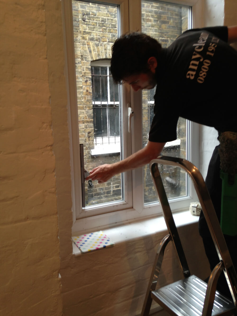 Detailed home window polish in SW1